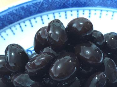 黒豆を煮る