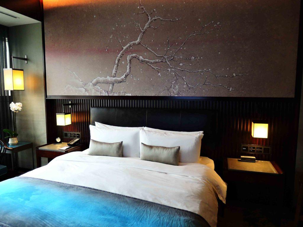 客室ベッド2