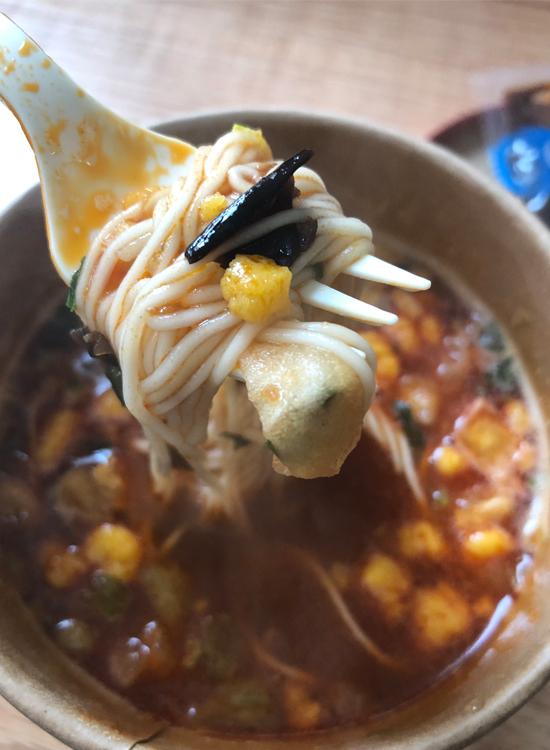 食族人カップラーメン「番茄鸡蛋面」